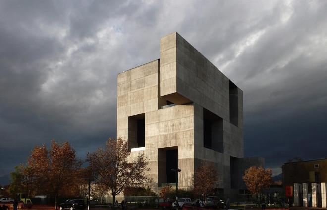 Get to Know Alejandro Aravena, the Pritzker Prize Winner Who Builds Half-Finished Homes