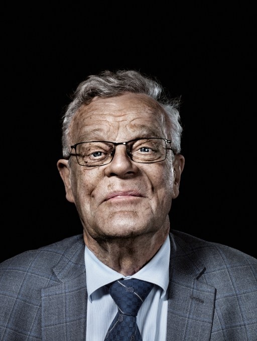 Björn Eriksson, leader of Sweden's Cash Uprising, thinks abolishing physical currency is a dangerous mistake.