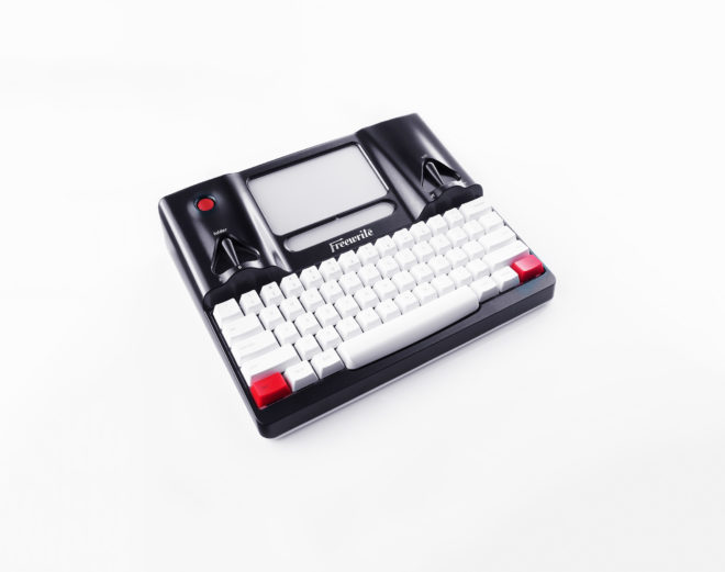 A Smart Typewriter Is a Thing and I'm in Love With It