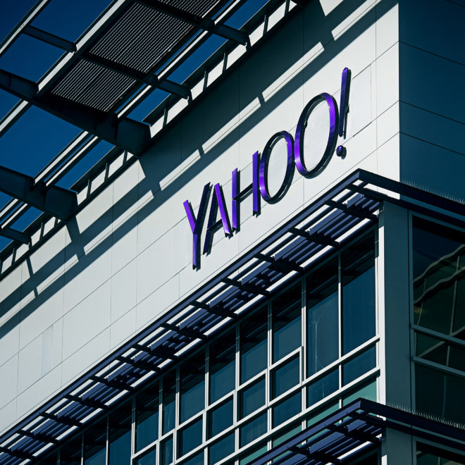 With Yahoo Bid, Verizon Gobbles Up the Past To Avoid an Obsolete Future