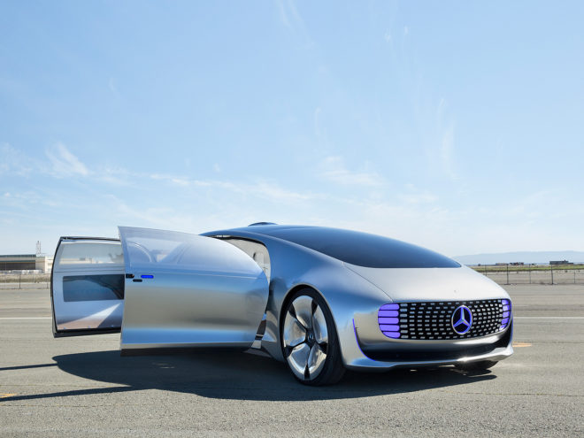 Mercedes Promises Self-Driving Taxis in Just Three Years