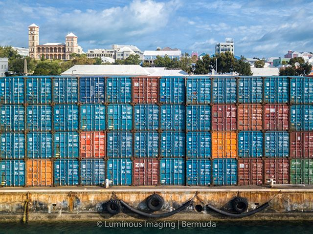 An amazing view of all the containers on the Hamilton Docks this morning. I don't recall ever seeing so many at one time with @bermudaaerialmedia
