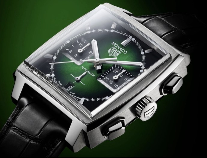 A new amazing piece from TAG, the TAG HEUER MONACO GREEN DIAL  Automatic Chronograph - Diameter 39 mm CBL2116.FC6497  Available through @crissonjewellersbermuda