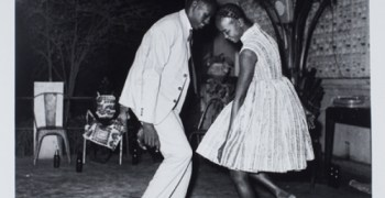 "Nuit de Nöel de Malick Sidibé en ""The Progress of Love"""