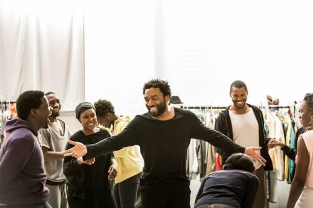 Uno de los ensayos. Foto: Johan Persson/Young Vic Theatre.