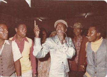 DK in concert, Limuru, 1979. Fuente: Fusion Magazine archives