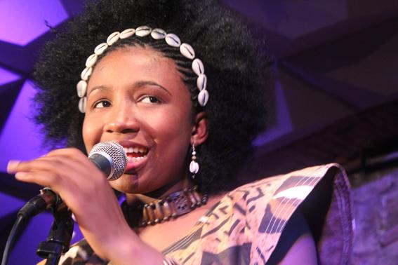 Nakany Kanté en directo en la Sala Jamboree. Foto: C.B.E.
