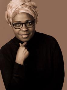 Jennifer Nansubuga Makumbi. Fuente: web de la autora