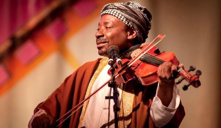 Mohammed Issa Matona, leyenda de la música taarab.