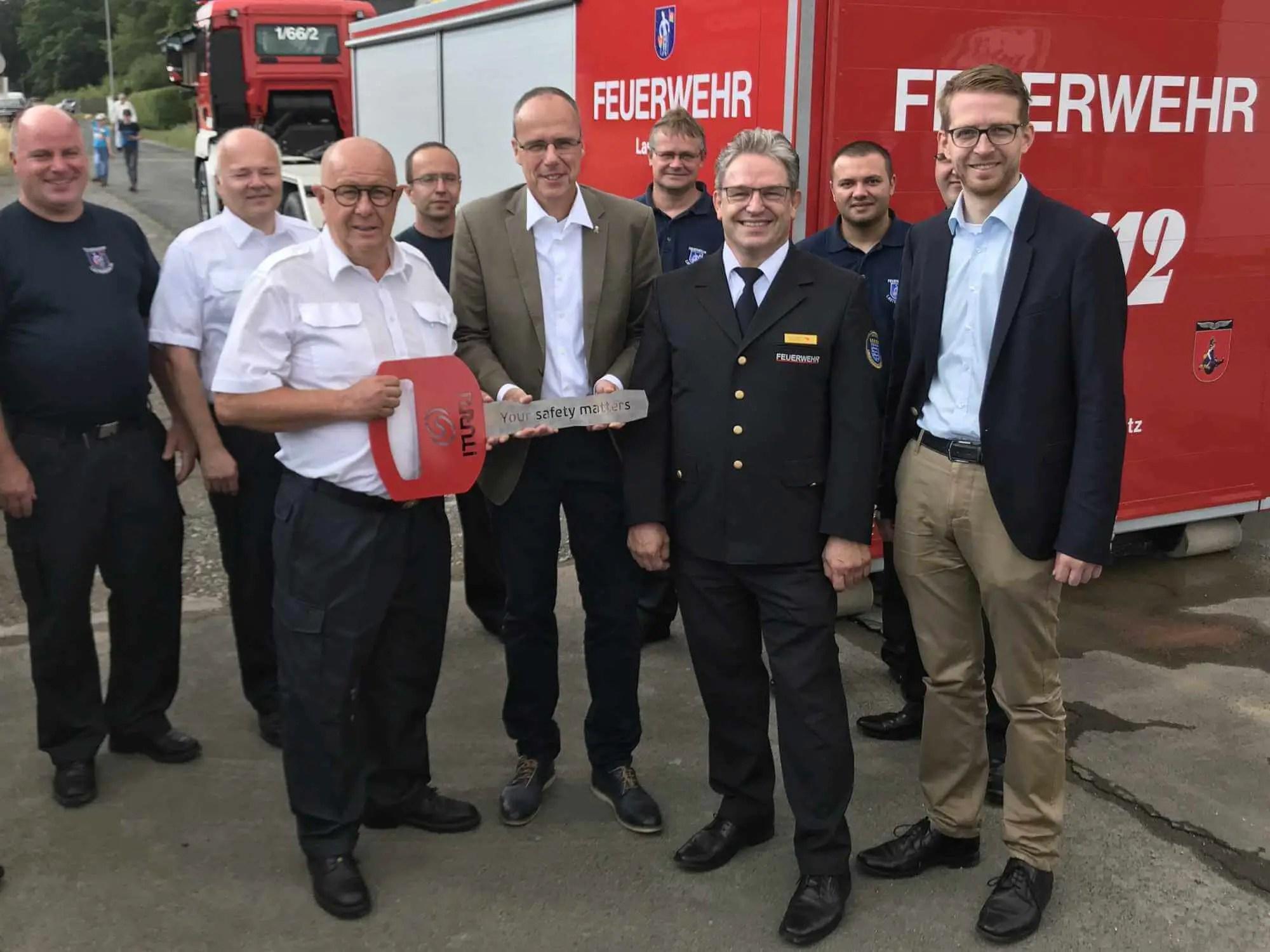 Abrollbehälter Waldbrand an Katastrophenschutzeinheiten übergeben