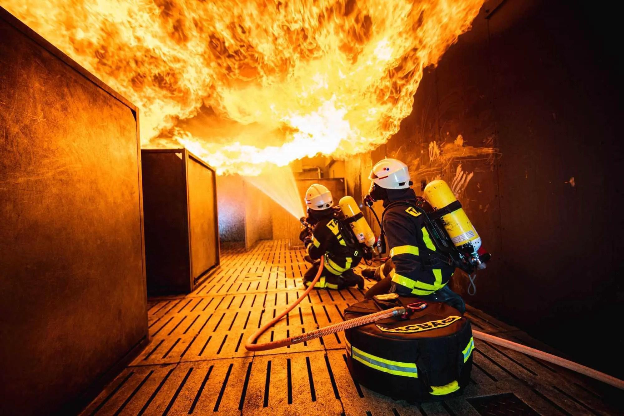 Brandbekämpfung im Innenangriff mit der TACBAG