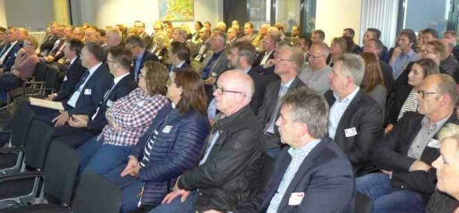 """Netzwerk FORUM """"wir unternehmen was!"""" bei egeplast international GmbH in Greven (Foto: Stadt Emsdetten)"""