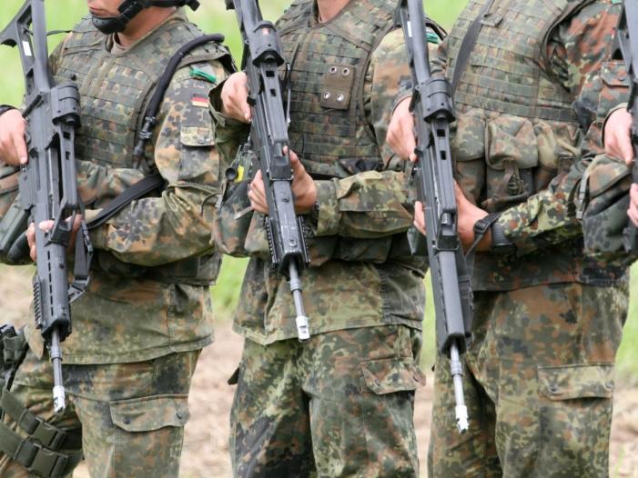 Bundeswehr-bereitet-sich-auf-Einsätze-mit-Polizei-im-Inneren-vor Bundeswehr bereitet sich auf Einsätze mit Polizei im Inneren vor