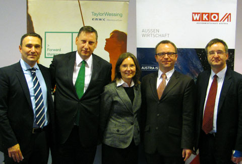 Wolfgang Haselberger, arsa consulting GmbH Andreas Wirth, Taylor Wessing Christina Schösser, WKO Mike Goldammer, Taylor Wessing Jens-Peter Otto, PwC