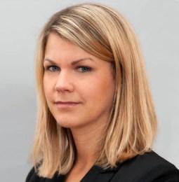 Dr. Alexandra Stoffl wird Rechtsanwältin bei CHSH