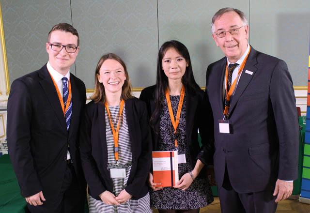 Bestes Team: Juridicum Wien (Martin Fischer, Hoang-Anh Nguyen und Nina-Maria Thomic), betreut von der Rechtsanwaltskanzlei Reidlinger Schatzmann.