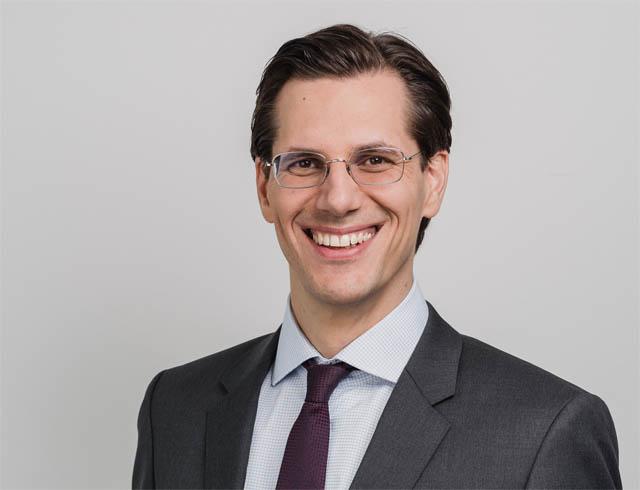 Dr. Bernhard Rieder