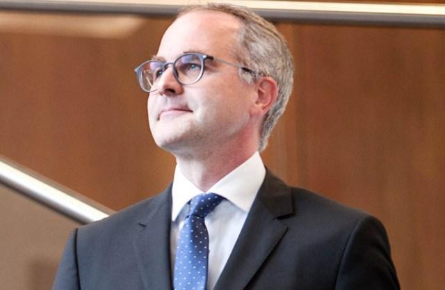 Priv.-Doz. Dr. Oliver Plöckinger (48), Linz, Contract Partner