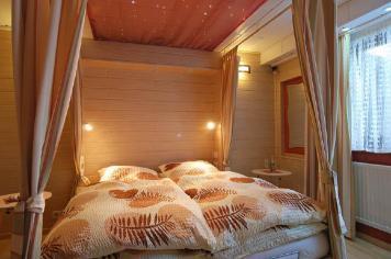 Wirtzfeld Valley Bedroom b03
