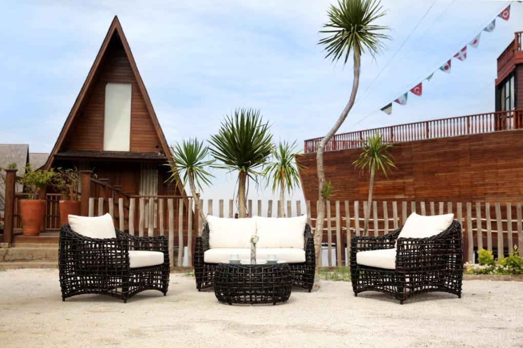 Indonesian Outdoor Furniture