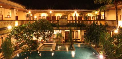 Maxi Hotel Legian