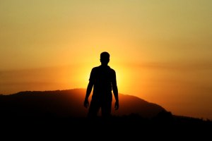 me-walking-again-sunset-1578250-1279x852