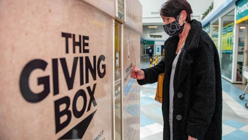 Surrey Quays Shopping Centre Giving Box