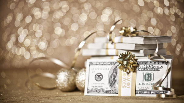 10 Money Goals You Should Set For The Holidays