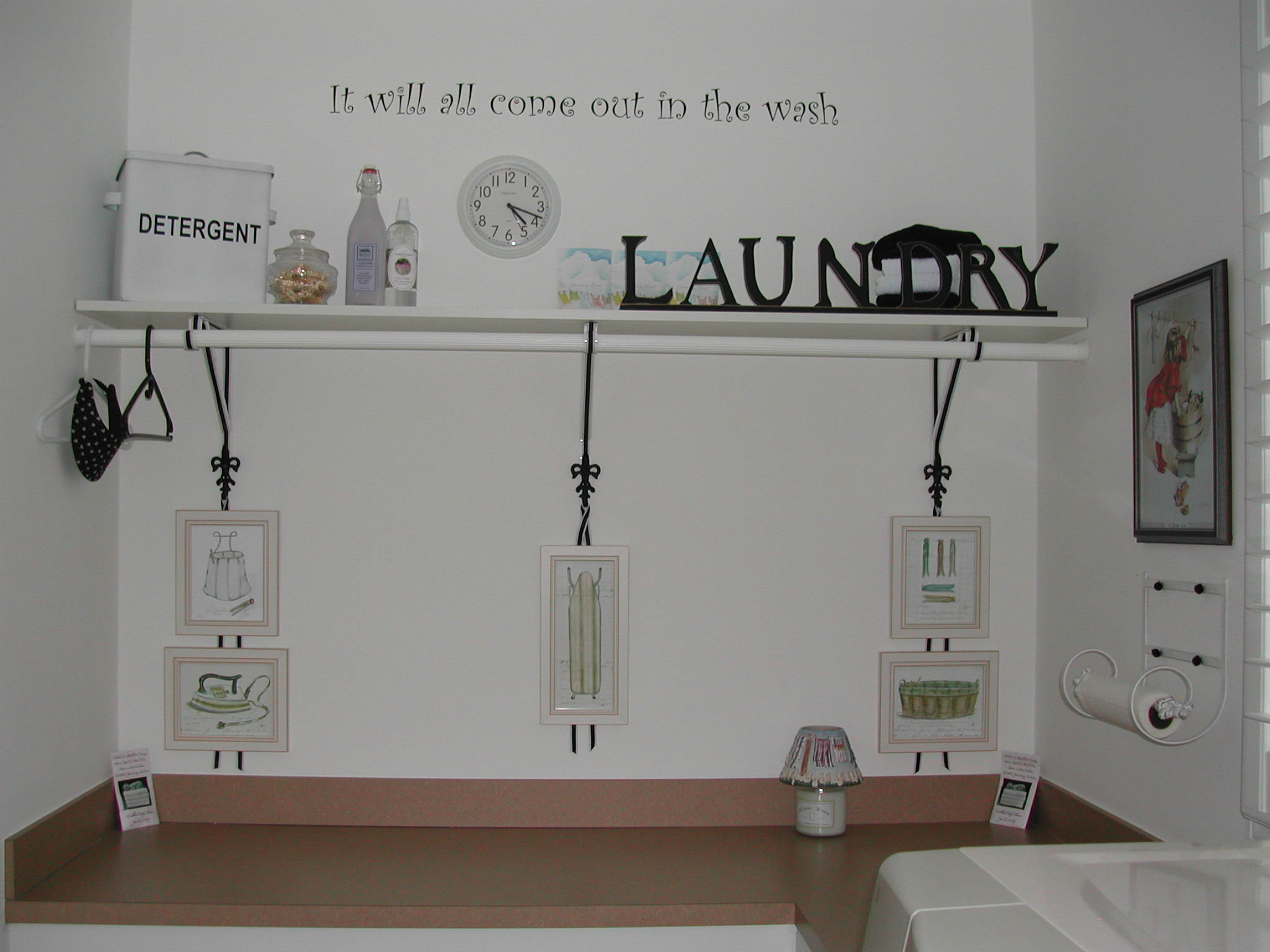 Modern House Interior Laundry Room Pictures For Walls