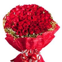 Enchanted Love 100 Red Roses