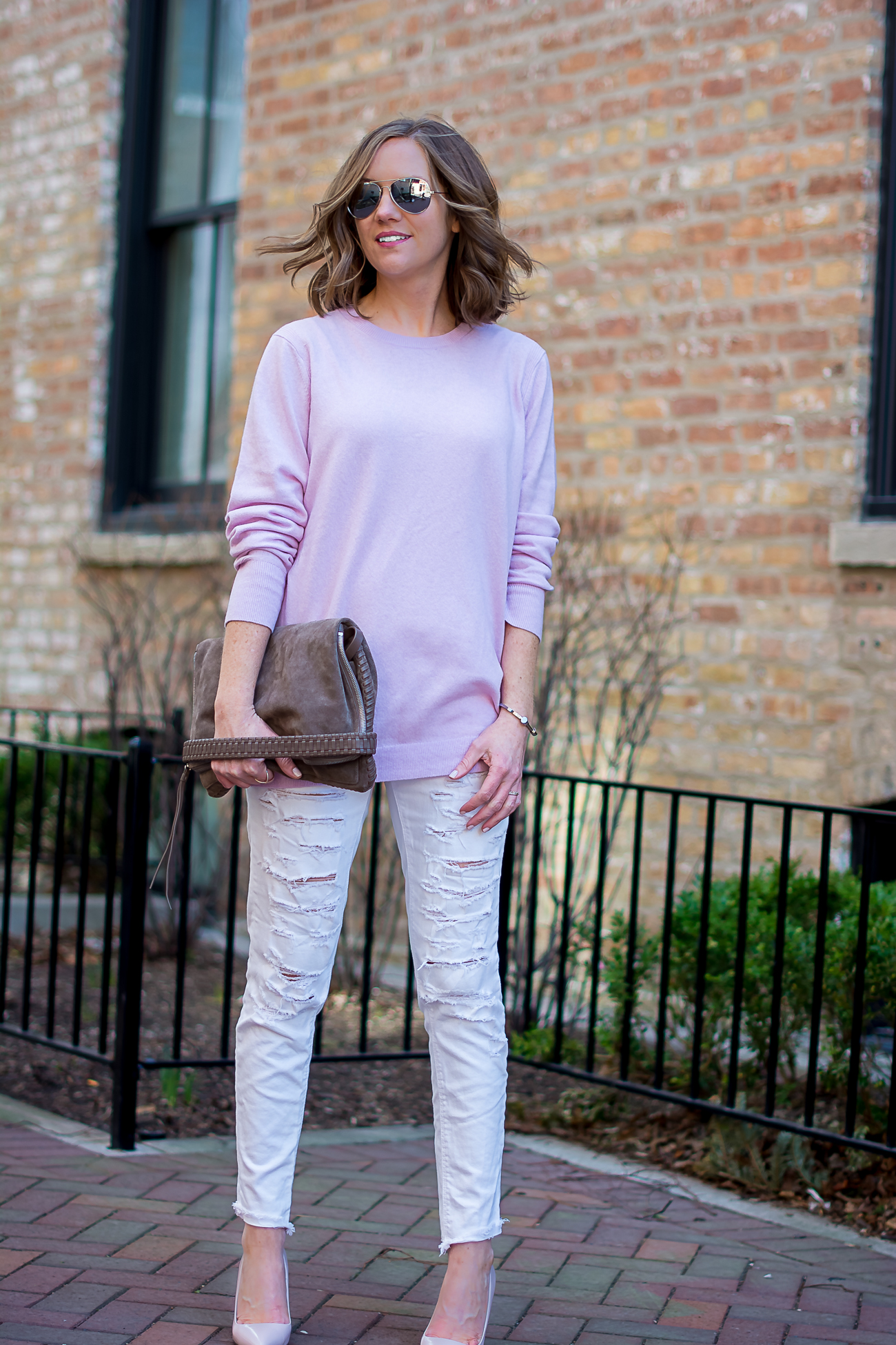 banana-republic-oversized-pink-wool-sweater-american-eagle-distressed-skiny-jeans-blush-heels-all-saints-convertible-clutch-simple-spring-pastels-24
