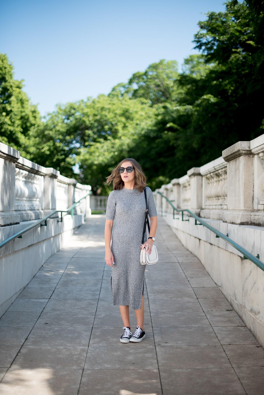 hm-grey-cotton-ribbed-midi-dress-black-converse-white-sole-society-crossbody-chicago-field-museum