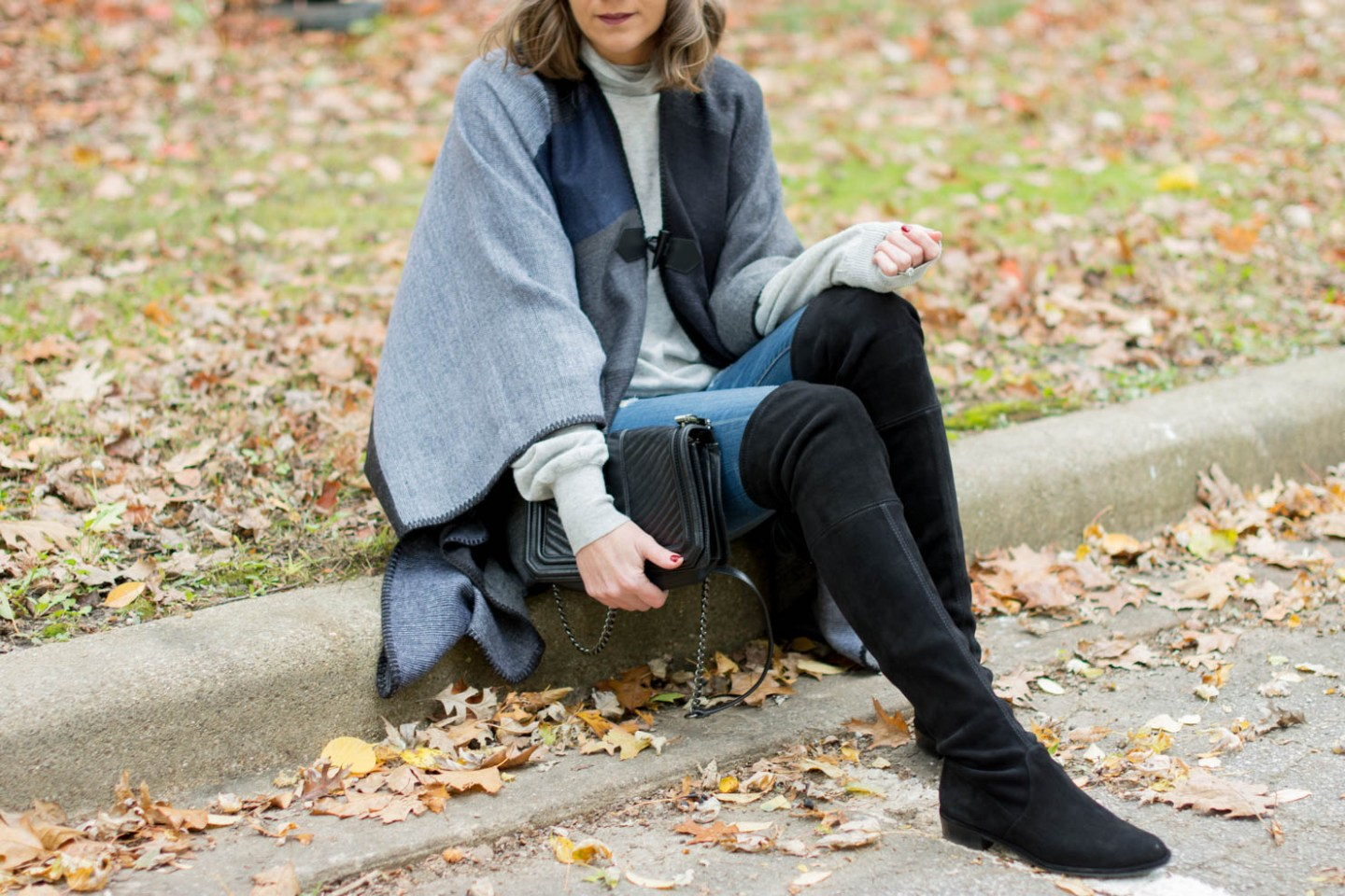 what the heck is a ruana, the cozy fall layering piece you didn't know you needed, affordable fall fashion finds at shopko