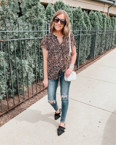 transitional fall outfits, floral blouse, Target fashion, black ruffle mules