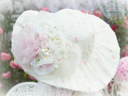 Victorian Rose Ivory Hat