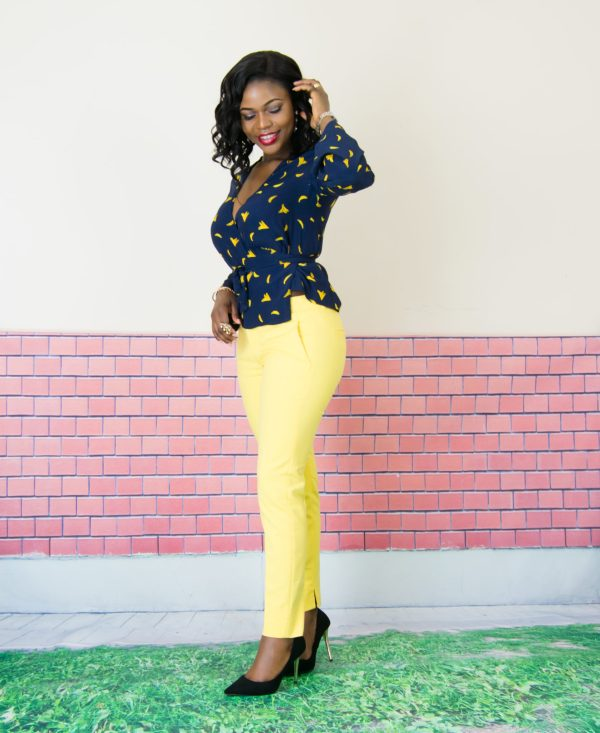 navy and yellow women outfit