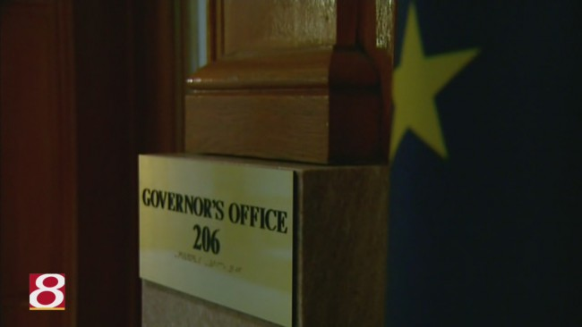 Governors office sign_125005