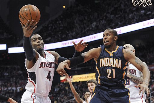 Paul Millsap, David West_83356