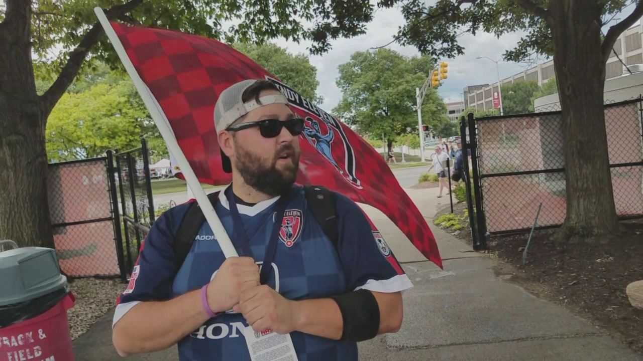 Indy Eleven fan Mike Obremski_698102