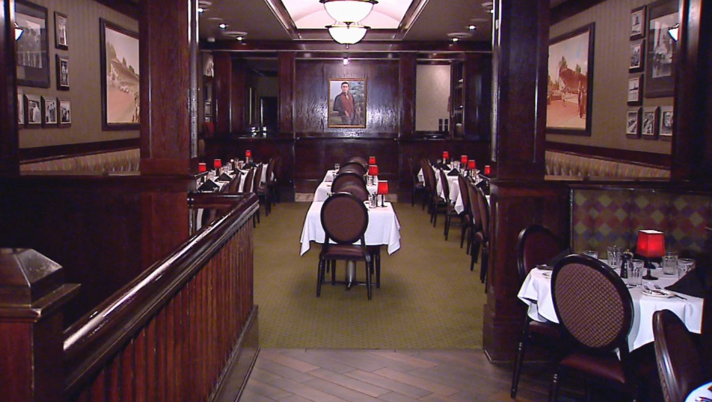 In 1998, Peyton Manning had his first meal at St. Elmo in The Tony Hulman Room SOURCE WISH_731720