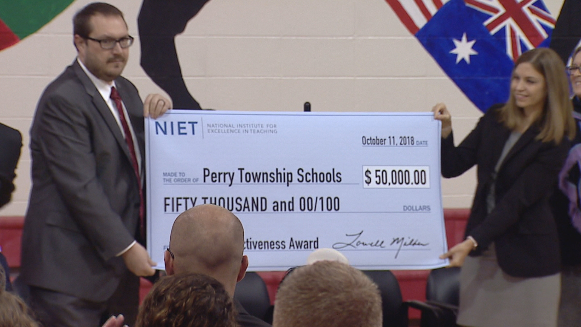 Perry Township Schools receives national award