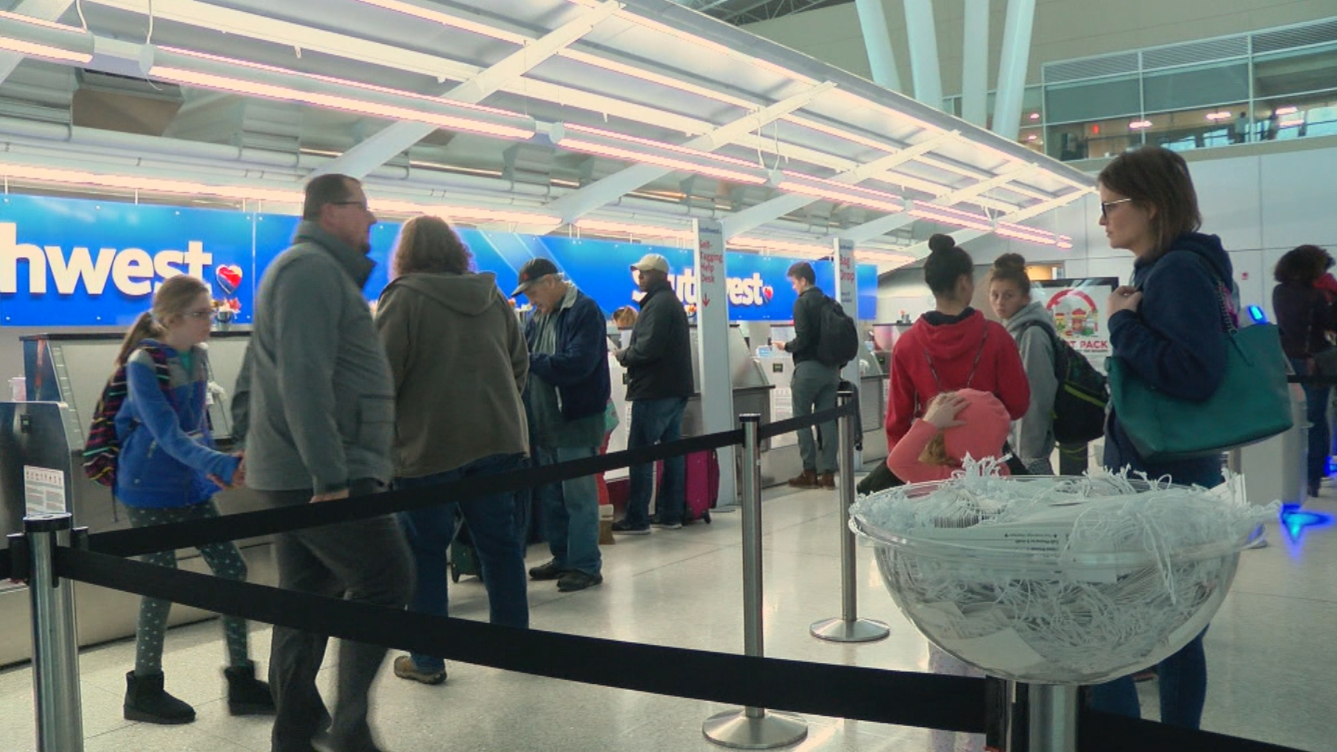 Busy traveling weekend expected at IND airport