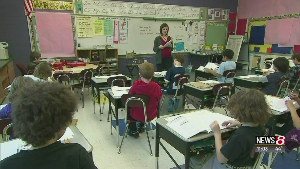 Indianapolis Public Schools approves pay raise for teachers