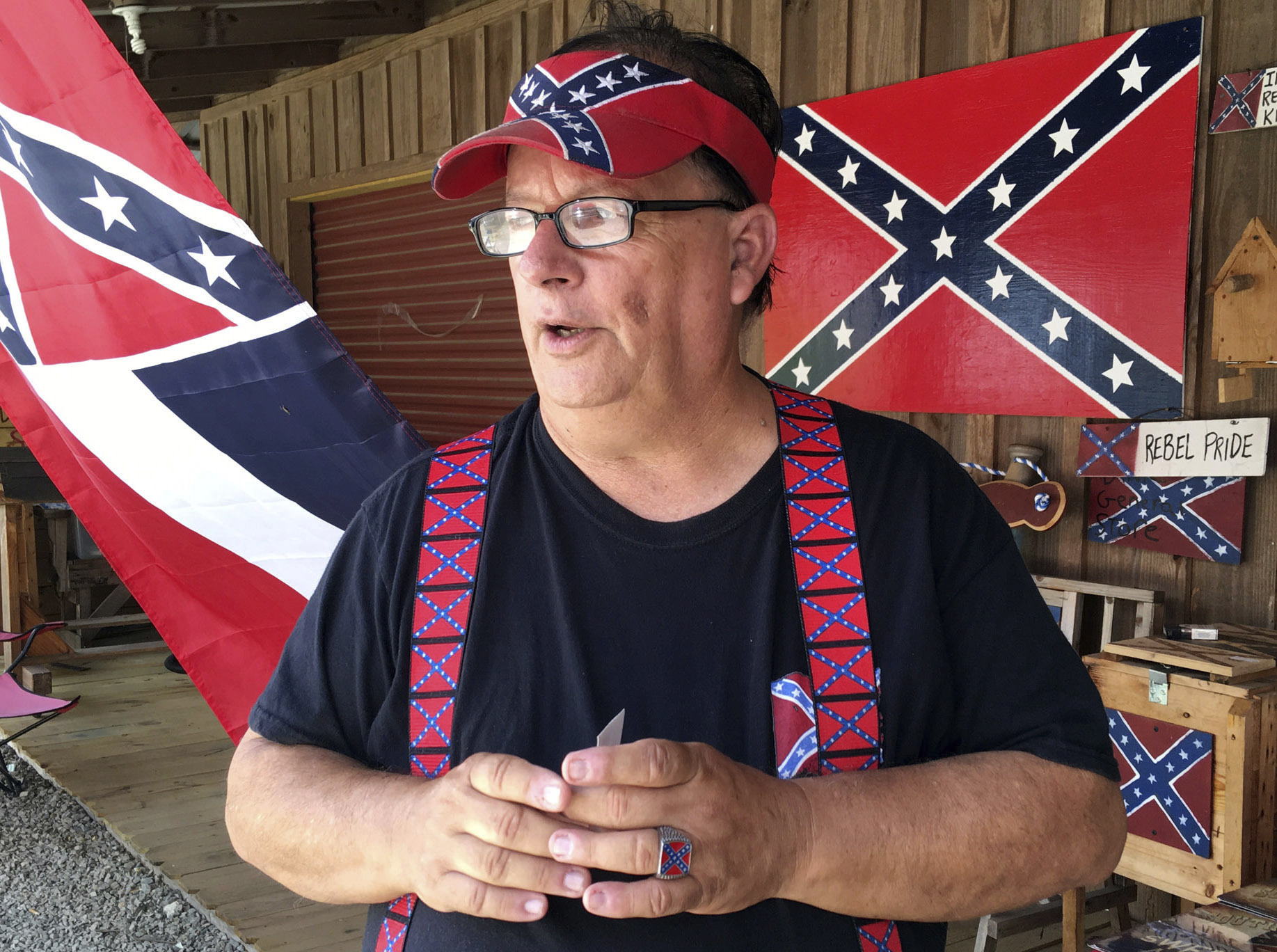 Confederate flag losing prominence 155 years after Civil...