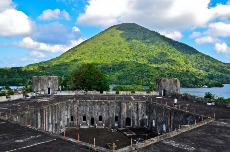 Foto: Fort Belgica di Banda Neira, Provinsi Maluku - Sumber: sworld.co.uk