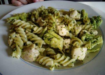 kipmetbroccoli.jpg