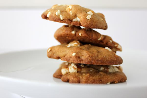 popcorn cookies via https://www.withach.com