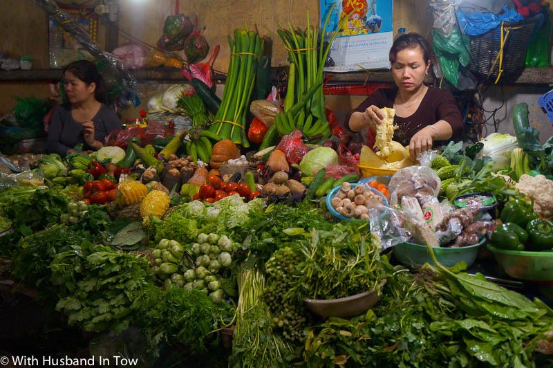 Chau Long Market Hanoi