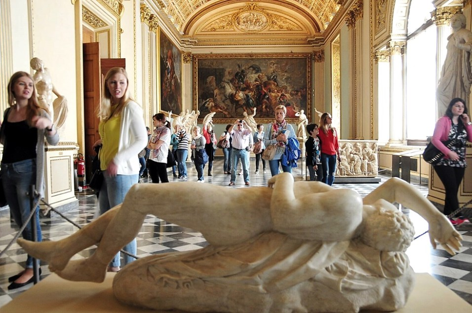 Sala Niobe - Galleria degli Uffizi - Florence