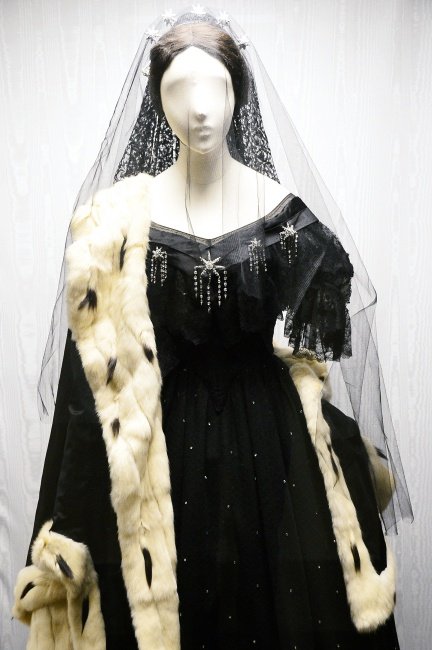 """Museo Franco Zeffirelli - """"La traviata"""" costume"""